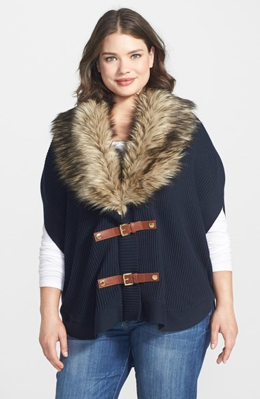 Faux Fur Trim Buckle Poncho (Plus Size) - length: standard; collar: shawl/waterfall; fit: loose; style: poncho/blanket; predominant colour: navy; secondary colour: taupe; occasions: casual, evening, creative work; fibres: cotton - mix; sleeve length: short sleeve; sleeve style: standard; texture group: knits/crochet; collar break: medium; pattern type: knitted - fine stitch; pattern: colourblock; embellishment: fur; season: a/w 2014; wardrobe: highlight; embellishment location: neck
