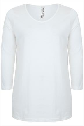 Off White Long Sleeved V Neckline Basic Cotton T Shirt - neckline: round neck; pattern: plain; length: below the bottom; style: t-shirt; predominant colour: white; occasions: casual, creative work; fibres: cotton - 100%; fit: body skimming; sleeve length: 3/4 length; sleeve style: standard; texture group: jersey - stretchy/drapey; season: a/w 2014