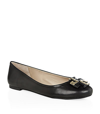 Lowell Flat Black - secondary colour: gold; predominant colour: black; occasions: casual, work, creative work; material: leather; heel height: flat; toe: round toe; style: ballerinas / pumps; finish: plain; pattern: plain; season: s/s 2015; wardrobe: basic