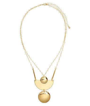 Short Necklace - predominant colour: gold; occasions: evening, occasion; length: mid; size: large/oversized; material: chain/metal; finish: metallic; style: bib/statement; season: s/s 2015
