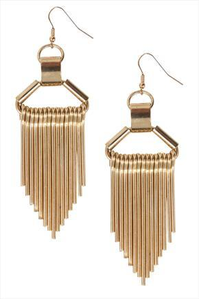 Gold Chunky Fringe Style Earrings - predominant colour: gold; occasions: evening, occasion; style: chandelier; length: long; size: large/oversized; material: chain/metal; fastening: pierced; finish: metallic; embellishment: chain/metal; season: s/s 2015; wardrobe: event