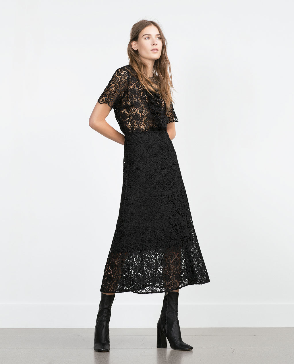 Lace Midi Skirt - length: calf length; fit: loose/voluminous; waist: high rise; predominant colour: black; occasions: evening, occasion, creative work; style: a-line; fibres: polyester/polyamide - 100%; texture group: lace; pattern type: fabric; pattern: patterned/print; pattern size: standard (bottom); season: a/w 2015; trends: romantic goth; wardrobe: highlight