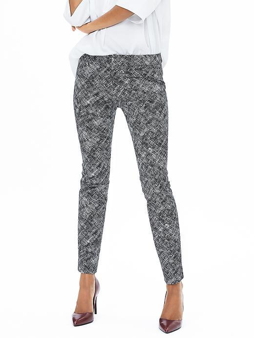 Sloan Fit Textured Black Slim Ankle Pant Black - waist: mid/regular rise; secondary colour: white; predominant colour: black; occasions: casual, creative work; length: ankle length; fibres: cotton - stretch; trends: monochrome; texture group: jersey - clingy; fit: skinny/tight leg; pattern type: fabric; pattern: patterned/print; style: standard; pattern size: standard (bottom); season: a/w 2015