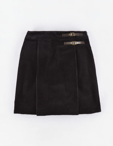 Jumbo Cord Kilt Black Women, Black - length: mini; pattern: plain; fit: loose/voluminous; waist: high rise; predominant colour: black; occasions: casual; style: a-line; texture group: corduroy; pattern type: fabric; season: a/w 2015