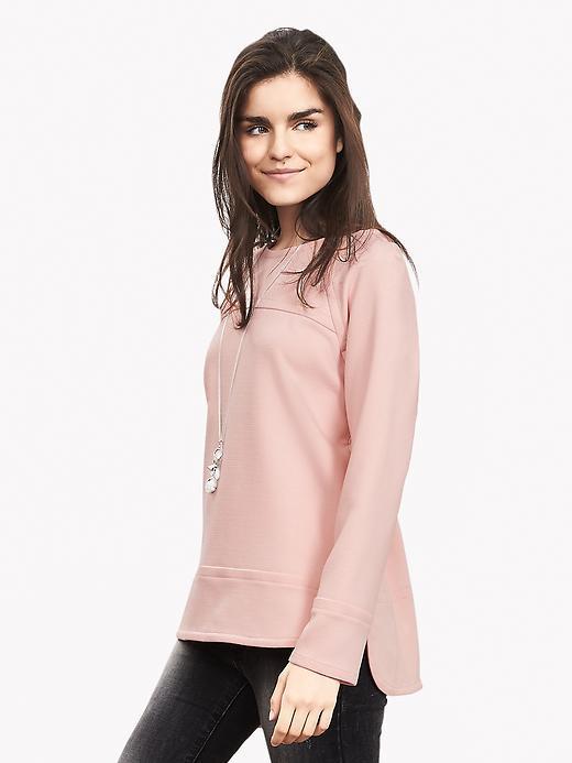 Boatneck Sweatshirt Pink Blush - pattern: plain; length: below the bottom; style: sweat top; predominant colour: blush; occasions: casual; fibres: polyester/polyamide - stretch; fit: body skimming; neckline: crew; sleeve length: long sleeve; sleeve style: standard; pattern type: fabric; texture group: jersey - stretchy/drapey; season: a/w 2015; wardrobe: basic