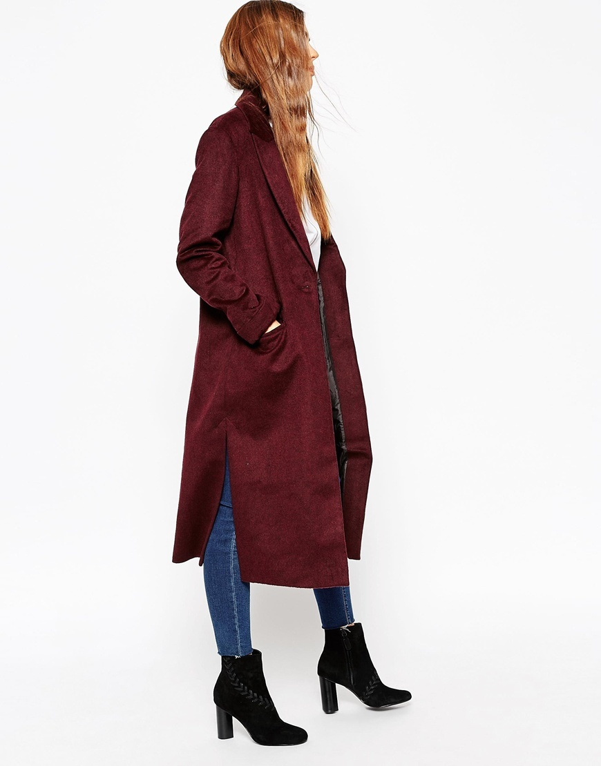 Coat In Relaxed Fit Berry - pattern: plain; fit: loose; style: single breasted; collar: standard lapel/rever collar; length: calf length; predominant colour: burgundy; occasions: casual, creative work; fibres: acrylic - mix; hip detail: dip hem; sleeve length: long sleeve; sleeve style: standard; collar break: low/open; pattern type: fabric; texture group: woven bulky/heavy; season: a/w 2015