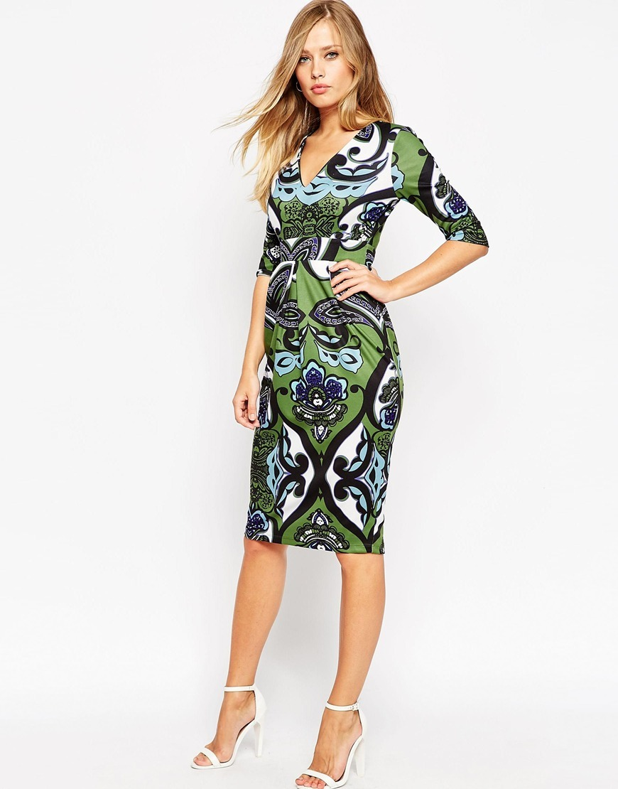 Wiggle Dress With V Neck In Oversized Wallpaper Print Print - style: shift; neckline: low v-neck; fit: tailored/fitted; predominant colour: emerald green; secondary colour: black; occasions: evening, occasion; length: on the knee; sleeve length: 3/4 length; sleeve style: standard; pattern type: fabric; pattern size: standard; pattern: patterned/print; texture group: other - light to midweight; season: a/w 2015