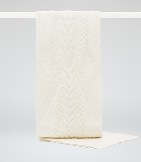 Libby Chunky Knitted Scarf - predominant colour: ivory/cream; occasions: casual, creative work; type of pattern: standard; style: regular; size: standard; material: knits; pattern: knit; season: a/w 2015; wardrobe: basic
