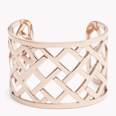 Bracelet - predominant colour: gold; occasions: evening, occasion; style: cuff; size: large/oversized; material: chain/metal; finish: metallic; season: a/w 2015; wardrobe: event