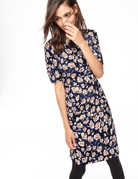 Cathy Dress Navy Women, Navy - style: shift; neckline: round neck; predominant colour: navy; secondary colour: nude; occasions: casual, creative work; length: on the knee; fit: body skimming; fibres: viscose/rayon - 100%; sleeve length: short sleeve; sleeve style: standard; pattern type: fabric; pattern size: standard; pattern: florals; texture group: woven light midweight; multicoloured: multicoloured; season: a/w 2015