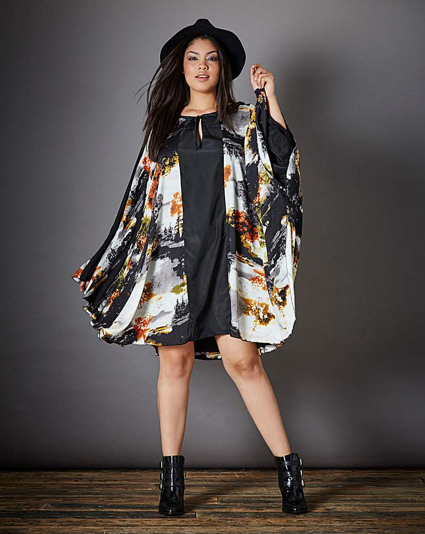 Lavish Alice Print Kimono Style Tunic - style: tunic; sleeve style: dolman/batwing; fit: loose; secondary colour: white; predominant colour: black; occasions: evening; length: just above the knee; neckline: peep hole neckline; fibres: polyester/polyamide - 100%; sleeve length: long sleeve; texture group: structured shiny - satin/tafetta/silk etc.; pattern type: fabric; pattern size: big & busy; pattern: patterned/print; season: a/w 2015; wardrobe: event