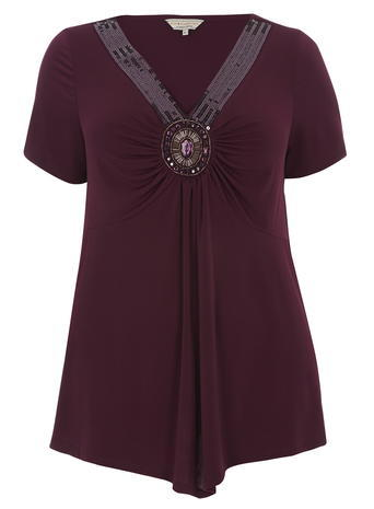 Womens **Billie & Blossom Curve Magenta Embellished V Neck Top Pink - neckline: v-neck; pattern: plain; bust detail: added detail/embellishment at bust; length: below the bottom; predominant colour: aubergine; occasions: evening; style: top; fibres: polyester/polyamide - stretch; fit: loose; sleeve length: short sleeve; sleeve style: standard; pattern type: fabric; texture group: jersey - stretchy/drapey; embellishment: beading; season: a/w 2015