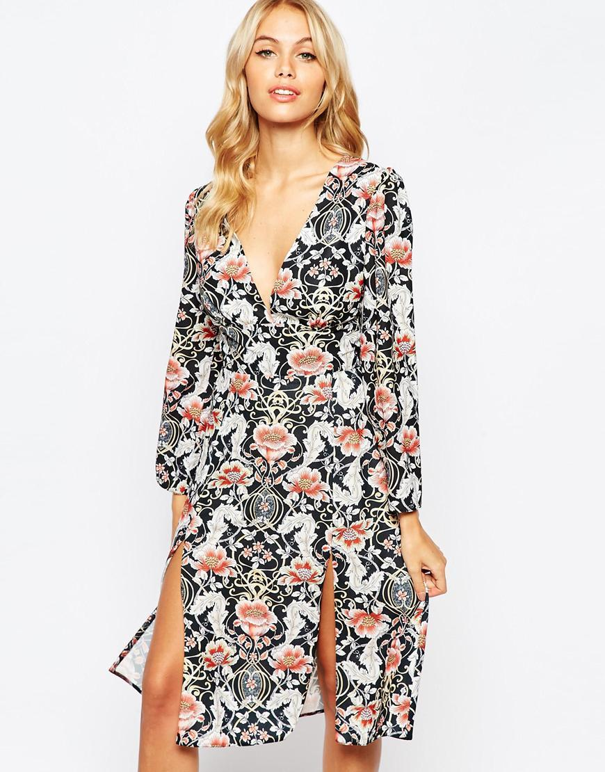 V Front Midi Dress In Allover Print Multi Tile Print - style: shift; neckline: low v-neck; predominant colour: nude; secondary colour: black; occasions: casual, evening; length: on the knee; fit: soft a-line; fibres: polyester/polyamide - 100%; hip detail: slits at hip; sleeve length: long sleeve; sleeve style: standard; pattern type: fabric; pattern size: big & busy; pattern: patterned/print; texture group: woven light midweight; multicoloured: multicoloured; season: a/w 2015; wardrobe: highlight