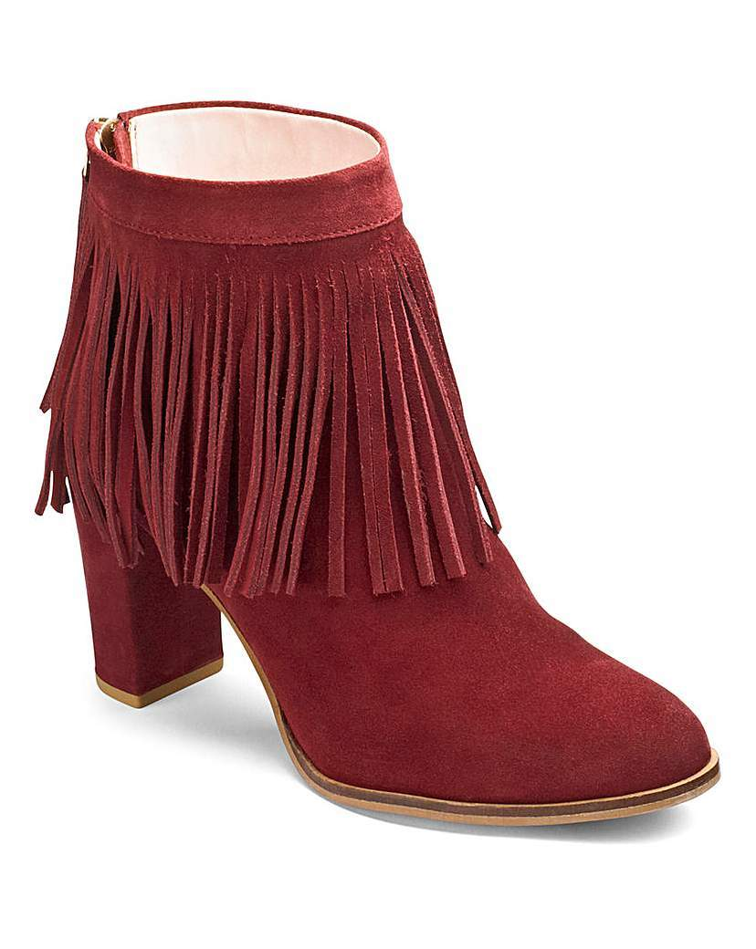 Sole Diva Suede Ankle Boots E Fit - predominant colour: tan; occasions: casual, creative work; material: suede; heel height: high; embellishment: tassels; heel: block; toe: round toe; boot length: ankle boot; style: standard; finish: plain; pattern: plain; season: a/w 2015; wardrobe: highlight
