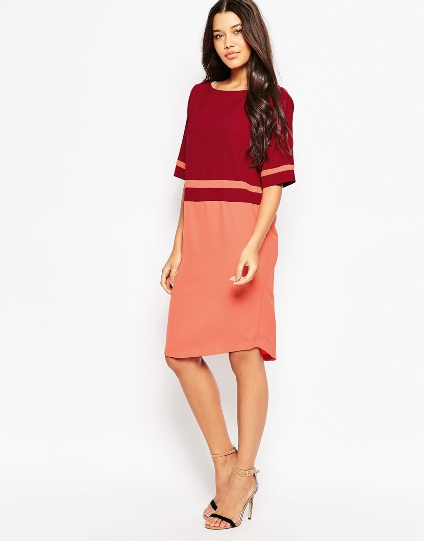 Colour Block Shift Dress 470 Dark Red - style: shift; neckline: round neck; predominant colour: true red; secondary colour: coral; occasions: casual, evening, creative work; length: on the knee; fit: straight cut; fibres: polyester/polyamide - mix; sleeve length: half sleeve; sleeve style: standard; texture group: crepes; pattern type: fabric; pattern: colourblock; season: a/w 2015