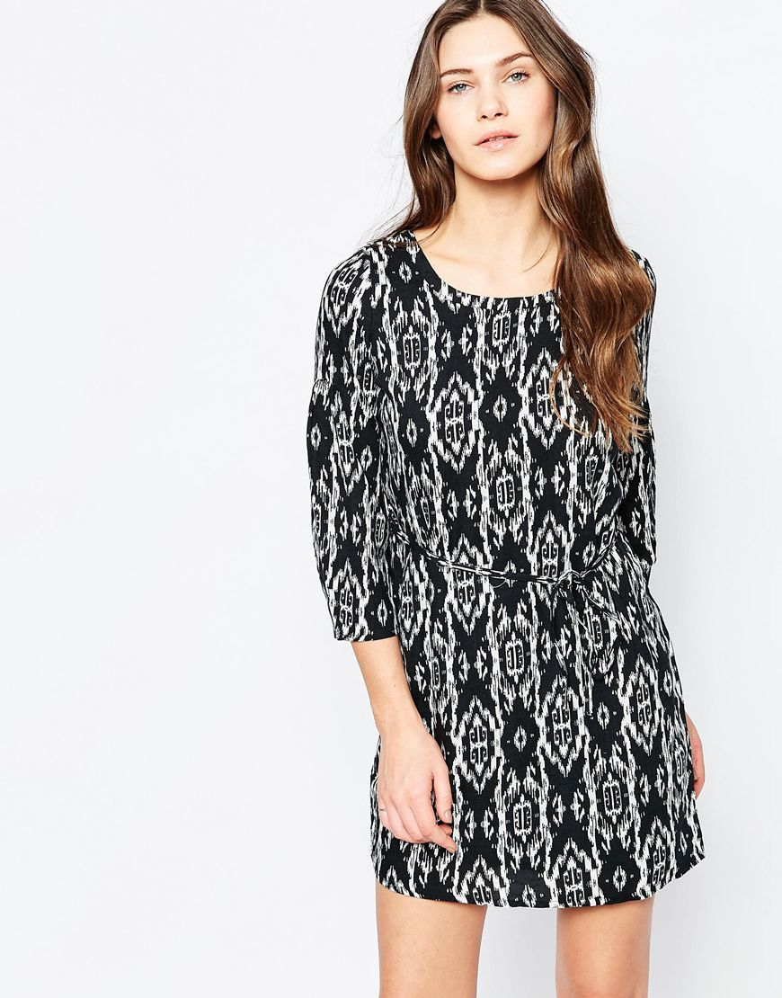Printed 3/4 Sleeve Shift Dress Black Print - style: shift; length: mid thigh; fit: fitted at waist; waist detail: fitted waist; secondary colour: white; predominant colour: black; occasions: casual, evening, creative work; neckline: scoop; fibres: viscose/rayon - 100%; sleeve length: 3/4 length; sleeve style: standard; texture group: cotton feel fabrics; pattern type: fabric; pattern size: big & busy; pattern: patterned/print; season: a/w 2015; wardrobe: highlight