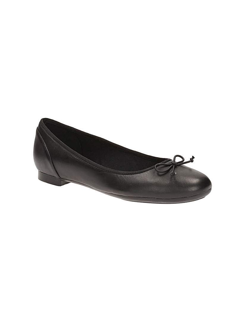 Clarks Couture Bloom Shoes - predominant colour: black; occasions: casual, creative work; material: leather; heel height: flat; toe: round toe; style: ballerinas / pumps; finish: plain; pattern: plain; season: a/w 2015