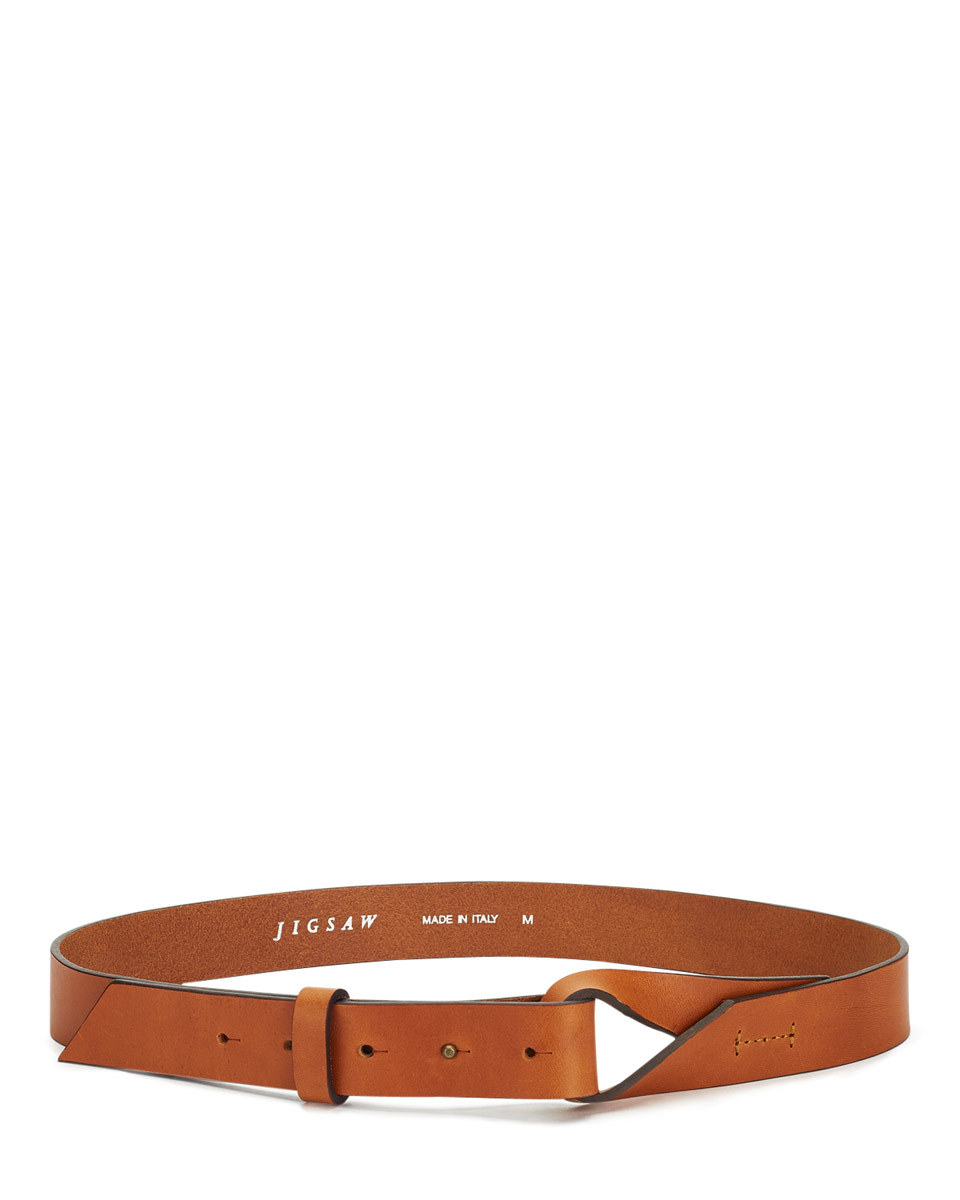 Twist Knot Belt - predominant colour: tan; occasions: casual, creative work; type of pattern: standard; style: classic; size: standard; worn on: waist; material: leather; pattern: plain; finish: plain; season: a/w 2015