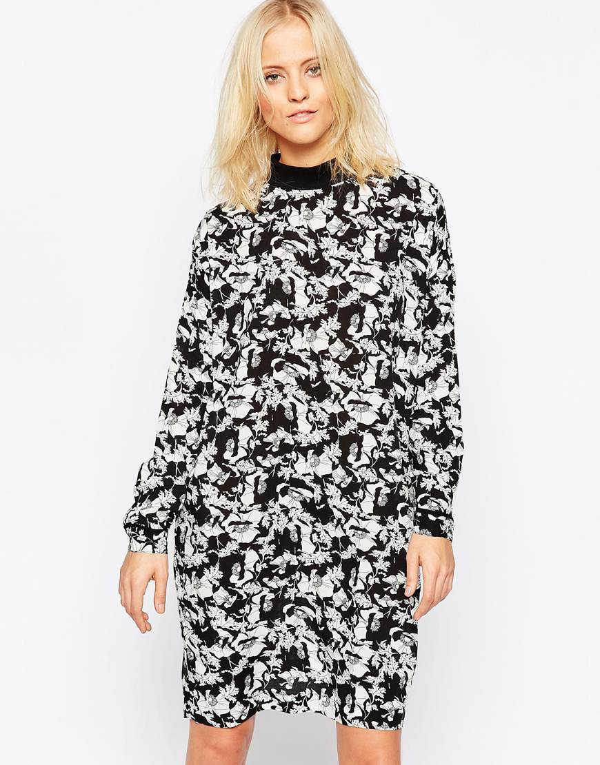 Printed Long Sleeve Shift Dress 999 Black - style: shift; neckline: high neck; secondary colour: white; predominant colour: black; occasions: casual, creative work; length: just above the knee; fit: body skimming; fibres: viscose/rayon - 100%; sleeve length: long sleeve; sleeve style: standard; pattern type: fabric; pattern size: standard; pattern: patterned/print; texture group: other - light to midweight; season: a/w 2015; wardrobe: highlight