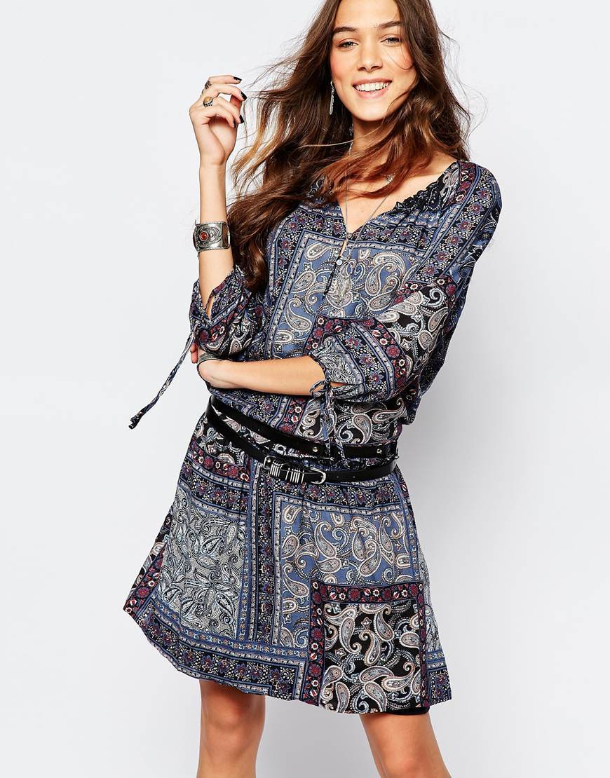 Paisley Print Tunic Dress Navy - style: tunic; neckline: v-neck; predominant colour: pale blue; occasions: casual; length: just above the knee; fit: body skimming; fibres: viscose/rayon - 100%; sleeve length: 3/4 length; sleeve style: standard; pattern type: fabric; pattern size: standard; pattern: patterned/print; texture group: woven light midweight; season: a/w 2015; wardrobe: highlight