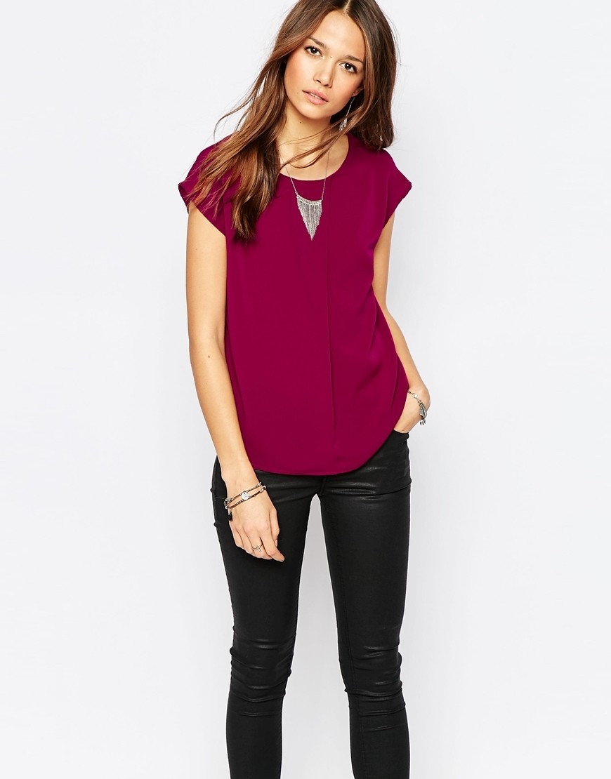 Sleeveless Top Beet Red - neckline: round neck; sleeve style: capped; pattern: plain; occasions: casual, creative work; length: standard; style: top; fibres: polyester/polyamide - 100%; fit: body skimming; sleeve length: short sleeve; texture group: sheer fabrics/chiffon/organza etc.; pattern type: fabric; predominant colour: raspberry; season: a/w 2015; wardrobe: highlight