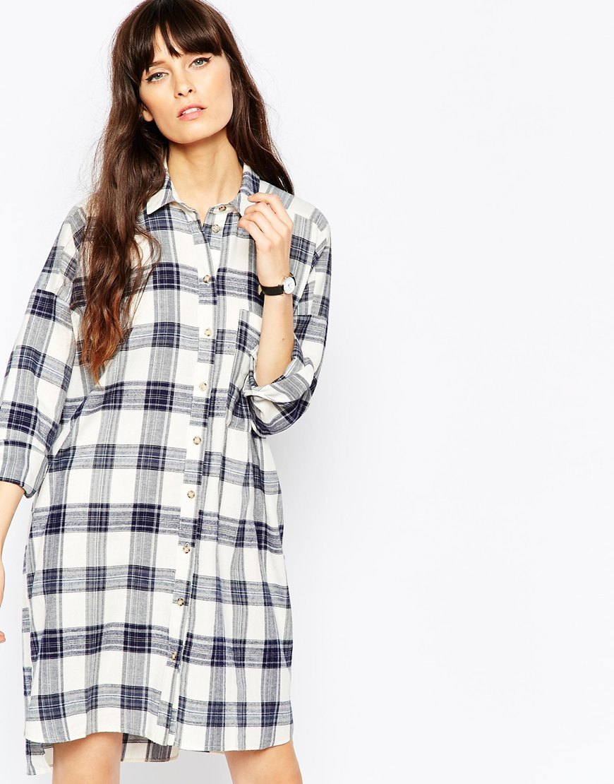Chuck On Check Shirt Dress Blue Check - style: shirt; neckline: shirt collar/peter pan/zip with opening; pattern: checked/gingham; predominant colour: white; secondary colour: navy; occasions: casual, creative work; length: just above the knee; fit: body skimming; fibres: cotton - 100%; sleeve length: long sleeve; sleeve style: standard; pattern type: fabric; pattern size: standard; texture group: other - light to midweight; season: a/w 2015; wardrobe: highlight