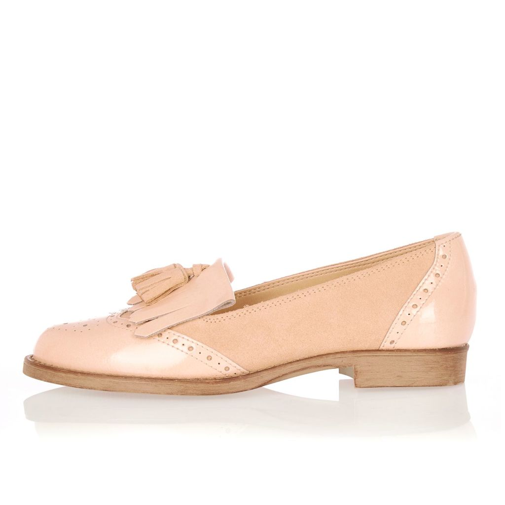 Womens Nude Leather Tassel Loafers - predominant colour: nude; occasions: casual, creative work; material: leather; heel height: flat; embellishment: tassels; toe: round toe; style: loafers; finish: plain; pattern: plain; season: a/w 2015; wardrobe: basic