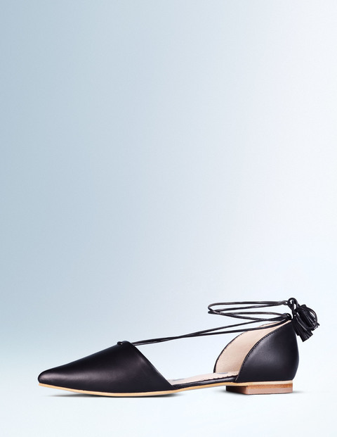 Florence Flat Point Black Women, Black - predominant colour: black; material: leather; heel height: flat; ankle detail: ankle tie; toe: pointed toe; style: ballerinas / pumps; finish: plain; pattern: plain; occasions: creative work; season: a/w 2015; wardrobe: basic