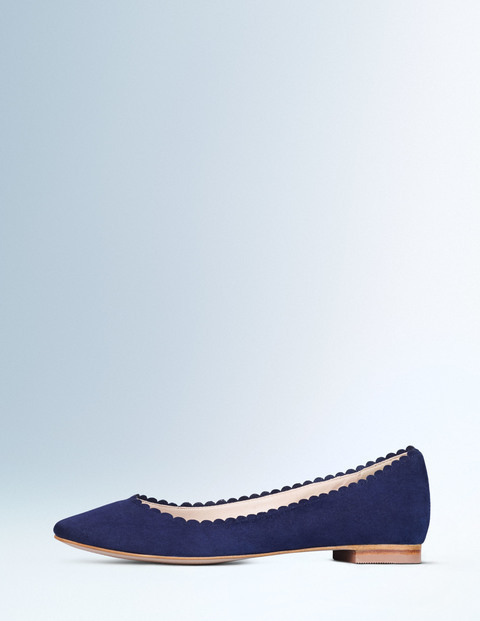 Ballerina Navy Women, Navy - predominant colour: navy; occasions: casual, creative work; material: suede; heel height: flat; toe: pointed toe; style: ballerinas / pumps; finish: plain; pattern: plain; season: a/w 2015; wardrobe: basic