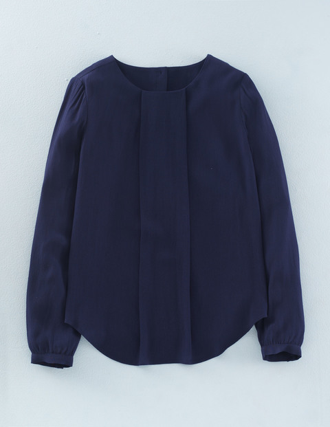 Tamara Top Navy Women, Navy - pattern: plain; predominant colour: navy; occasions: casual; length: standard; style: top; fibres: viscose/rayon - 100%; fit: body skimming; neckline: crew; sleeve length: long sleeve; sleeve style: standard; pattern type: fabric; texture group: jersey - stretchy/drapey; season: a/w 2015; wardrobe: basic