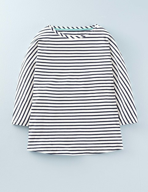Supersoft Oversized Top Ivory/Navy Women, Ivory/Navy - pattern: striped; style: t-shirt; secondary colour: white; predominant colour: navy; occasions: casual, creative work; length: standard; fit: loose; neckline: crew; sleeve length: 3/4 length; sleeve style: standard; pattern type: fabric; pattern size: standard; texture group: jersey - stretchy/drapey; fibres: viscose/rayon - mix; season: a/w 2015; wardrobe: highlight