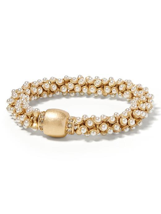 Mixed Up Pearl Snap Bracelet Pearl - predominant colour: gold; occasions: evening, occasion; size: large/oversized; material: chain/metal; finish: metallic; embellishment: pearls; season: a/w 2015; style: bead
