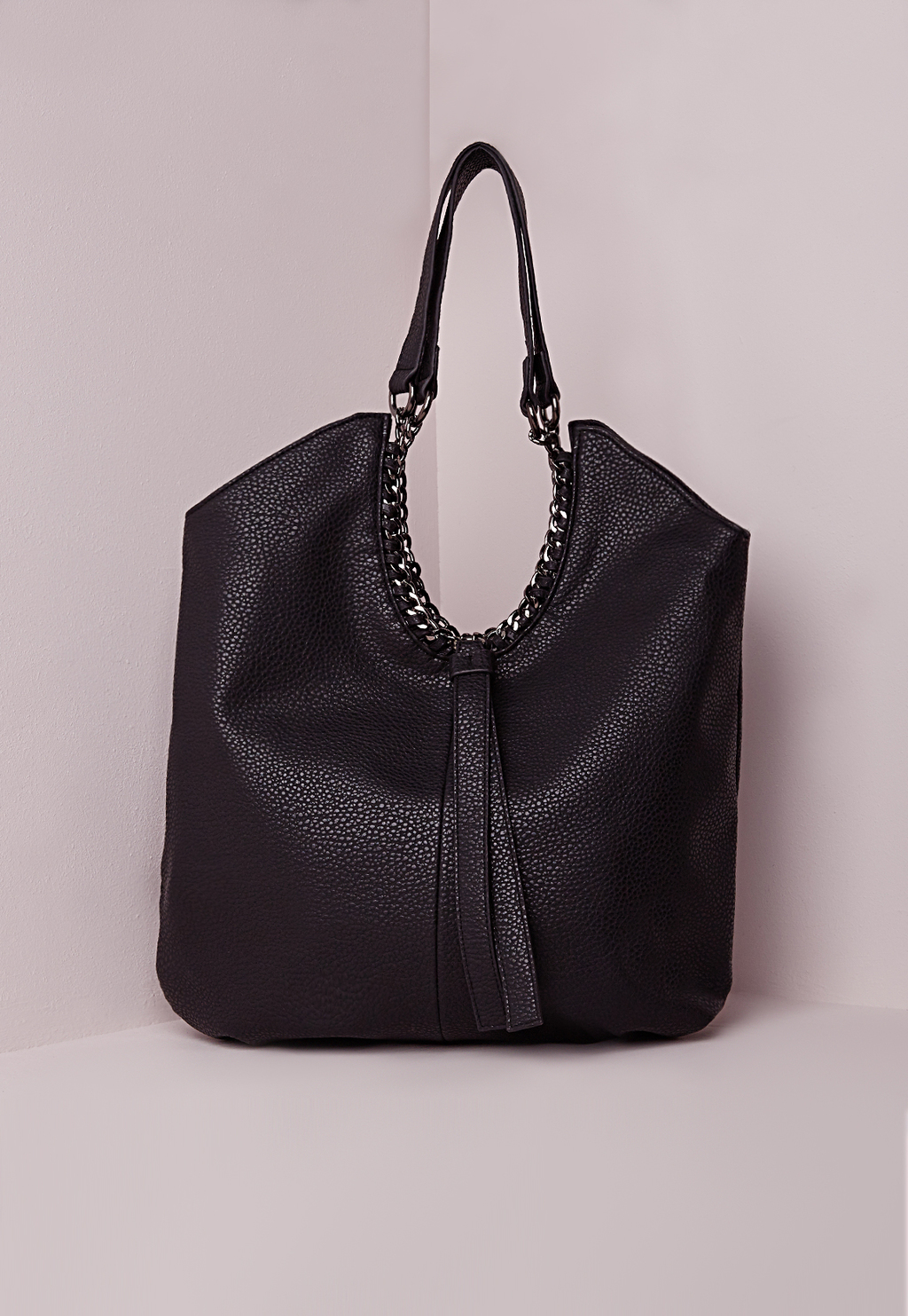 Chain Edge Slouch Bag Black, Black - predominant colour: black; occasions: casual, creative work; type of pattern: standard; style: shoulder; length: shoulder (tucks under arm); size: standard; material: faux leather; pattern: plain; finish: plain; embellishment: chain/metal; season: s/s 2016