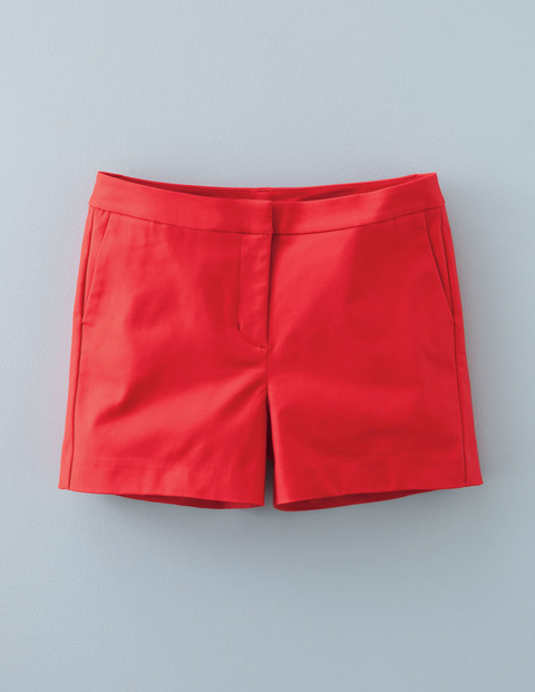 Richmond Shorts Poppy Red Women, Poppy Red - pattern: plain; waist: mid/regular rise; predominant colour: true red; occasions: casual; fibres: cotton - stretch; pattern type: fabric; texture group: other - light to midweight; season: s/s 2016; style: shorts; length: short shorts; fit: slim leg; wardrobe: highlight