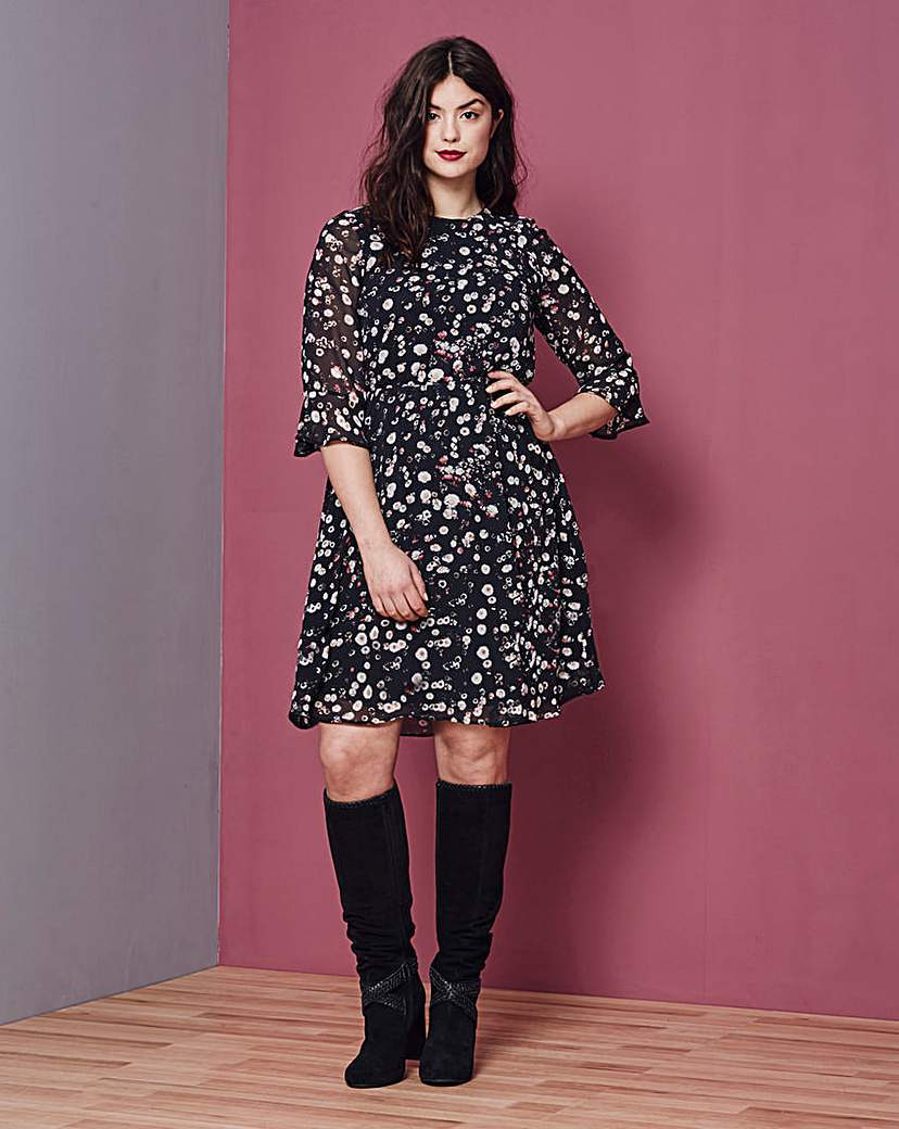 Fluted Sleeve Print Dress - fit: fitted at waist; style: blouson; secondary colour: white; predominant colour: black; occasions: casual; length: just above the knee; fibres: polyester/polyamide - 100%; neckline: crew; sleeve length: 3/4 length; sleeve style: standard; trends: monochrome; pattern type: fabric; pattern: patterned/print; texture group: woven light midweight; multicoloured: multicoloured; season: s/s 2016