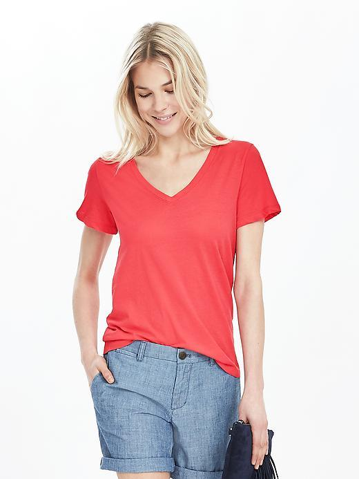 Essential Pima Cotton Vee Tee Red Glow - neckline: v-neck; pattern: plain; style: t-shirt; predominant colour: true red; occasions: casual; length: standard; fibres: cotton - 100%; fit: body skimming; sleeve length: short sleeve; sleeve style: standard; pattern type: fabric; texture group: jersey - stretchy/drapey; season: s/s 2016; wardrobe: highlight