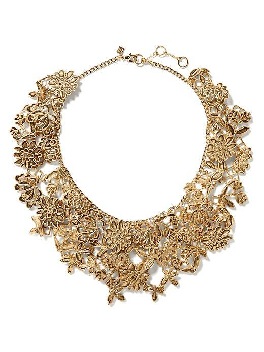 Lace Focal Necklace Gold - predominant colour: gold; occasions: evening, occasion; length: short; size: large/oversized; material: chain/metal; finish: metallic; embellishment: chain/metal; style: bib/statement; season: s/s 2016; wardrobe: event
