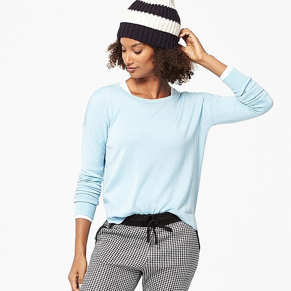 Women Extra Fine Merino Crew Neck Sweater Light Blue - pattern: plain; style: standard; predominant colour: pale blue; occasions: casual, work, creative work; length: standard; fibres: wool - 100%; fit: standard fit; neckline: crew; sleeve length: long sleeve; sleeve style: standard; texture group: knits/crochet; pattern type: knitted - fine stitch; season: s/s 2016; wardrobe: highlight