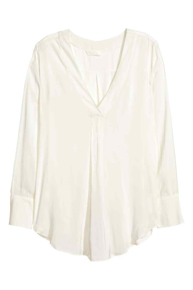 V Neck Blouse - neckline: v-neck; pattern: plain; style: blouse; predominant colour: white; occasions: casual; length: standard; fibres: polyester/polyamide - 100%; fit: body skimming; sleeve length: long sleeve; sleeve style: standard; pattern type: fabric; texture group: other - light to midweight; season: s/s 2016; wardrobe: basic