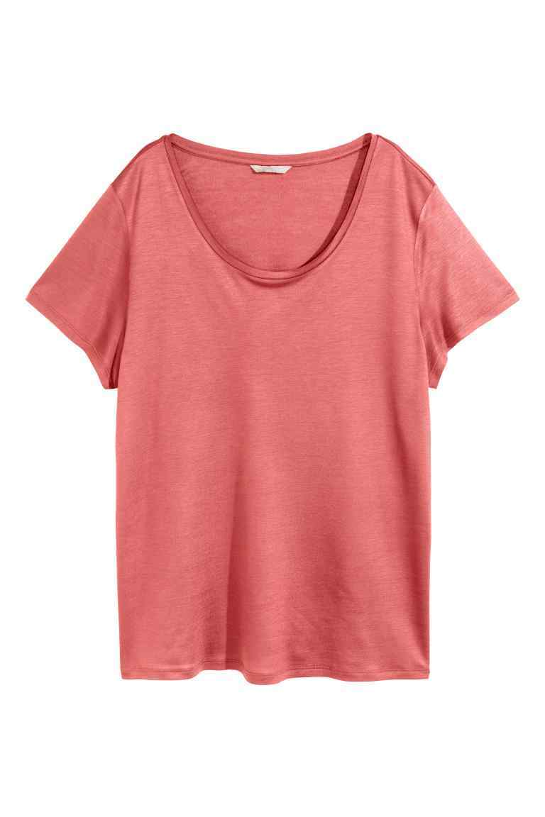 + Jersey Top - neckline: v-neck; pattern: plain; style: t-shirt; predominant colour: coral; occasions: casual; length: standard; fibres: viscose/rayon - 100%; fit: body skimming; sleeve length: short sleeve; sleeve style: standard; pattern type: fabric; texture group: jersey - stretchy/drapey; season: s/s 2016; wardrobe: highlight