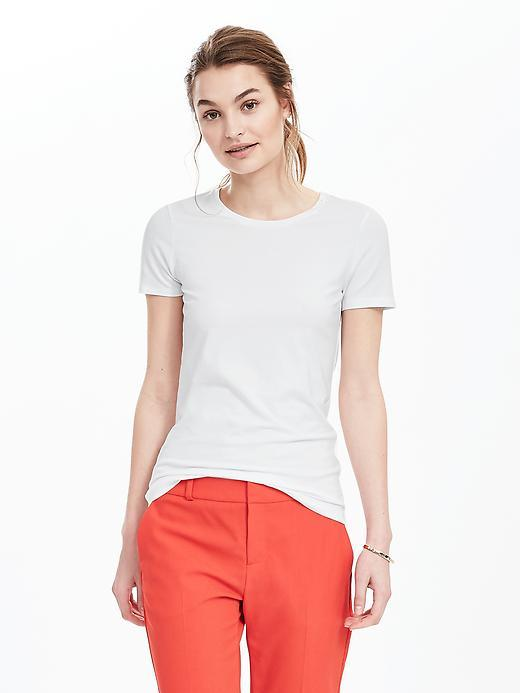 Essential Short Sleeve Crew Tee White - pattern: plain; style: t-shirt; predominant colour: white; occasions: casual; length: standard; fibres: cotton - 100%; fit: body skimming; neckline: crew; sleeve length: short sleeve; sleeve style: standard; texture group: jersey - clingy; pattern type: fabric; season: s/s 2016