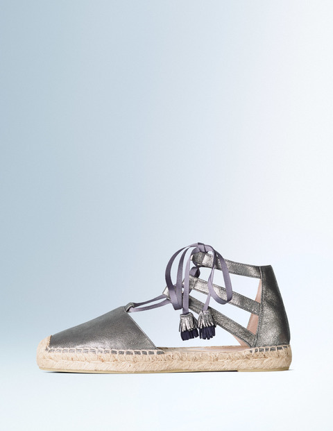 Hazel Espadrille Soft Pewter Metallic Women, Soft Pewter Metallic - predominant colour: silver; occasions: casual; material: leather; heel height: flat; ankle detail: ankle tie; toe: round toe; finish: metallic; pattern: plain; style: espadrilles; shoe detail: platform; season: s/s 2016; wardrobe: highlight