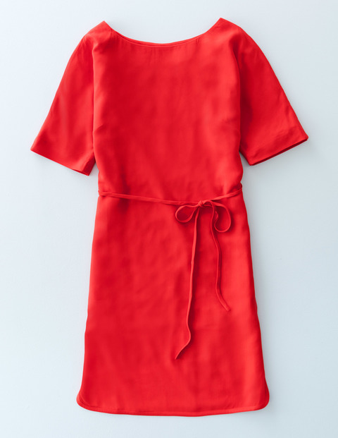 Chic Belted Dress Poppy Red Women, Poppy Red - style: shift; length: mid thigh; neckline: round neck; pattern: plain; waist detail: belted waist/tie at waist/drawstring; predominant colour: true red; occasions: casual; fit: body skimming; fibres: viscose/rayon - 100%; sleeve length: short sleeve; sleeve style: standard; texture group: cotton feel fabrics; pattern type: fabric; season: s/s 2016; wardrobe: highlight