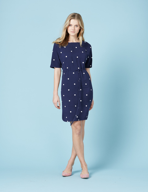 Chic Belted Dress Navy Spot Women, Navy Spot - style: shift; pattern: polka dot; waist detail: belted waist/tie at waist/drawstring; secondary colour: white; predominant colour: navy; occasions: evening; length: just above the knee; fit: body skimming; fibres: viscose/rayon - 100%; neckline: crew; sleeve length: short sleeve; sleeve style: standard; pattern type: fabric; texture group: other - light to midweight; multicoloured: multicoloured; season: s/s 2016; wardrobe: event