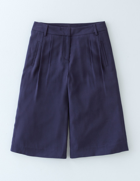 Curzon Culotte Navy Women, Navy - pattern: plain; waist: mid/regular rise; predominant colour: navy; fibres: cotton - mix; pattern type: fabric; texture group: woven light midweight; occasions: creative work; season: s/s 2016; wardrobe: basic; style: culotte
