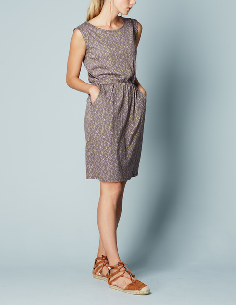 Blackberry Summer Dress Pewter Grapes Women, Pewter Grapes - style: shift; neckline: round neck; fit: fitted at waist; sleeve style: sleeveless; predominant colour: mid grey; occasions: casual, creative work; length: on the knee; fibres: cotton - mix; sleeve length: sleeveless; texture group: cotton feel fabrics; pattern type: fabric; pattern: patterned/print; season: s/s 2016; wardrobe: highlight