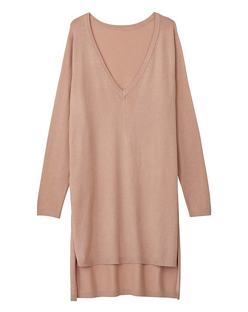 Longline Maxi V Tunic - neckline: v-neck; pattern: plain; length: below the bottom; style: tunic; predominant colour: camel; occasions: casual, creative work; fit: loose; sleeve length: long sleeve; sleeve style: standard; texture group: knits/crochet; pattern type: knitted - fine stitch; fibres: viscose/rayon - mix; season: s/s 2016; wardrobe: basic