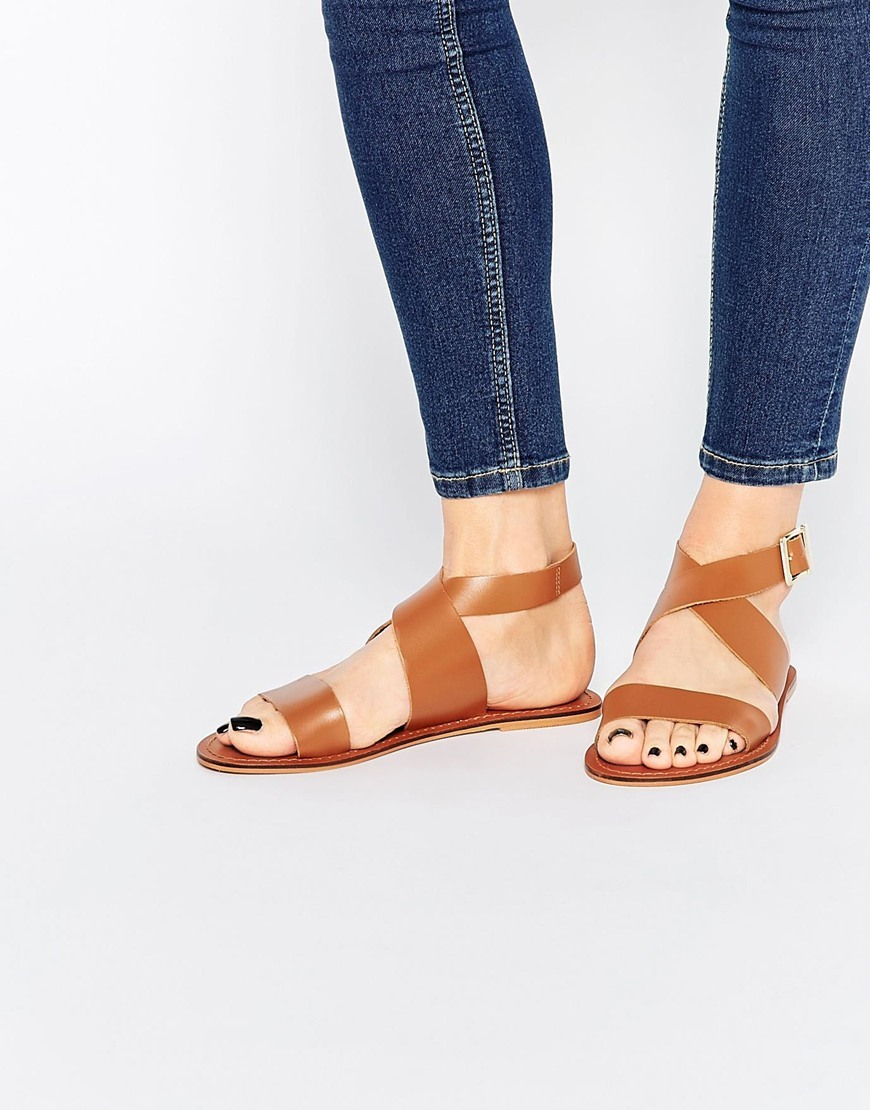 Frame Leather Sandals Tan - predominant colour: tan; occasions: casual, holiday; material: leather; heel height: flat; ankle detail: ankle strap; heel: block; toe: open toe/peeptoe; style: strappy; finish: plain; pattern: plain; season: s/s 2016; wardrobe: highlight