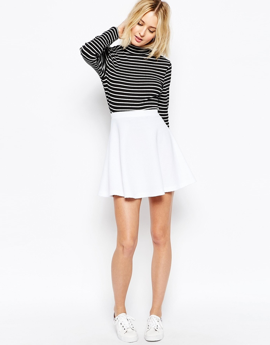 Skater Skirt In Texture White - length: mid thigh; pattern: plain; fit: loose/voluminous; waist: high rise; predominant colour: white; occasions: casual; style: a-line; fibres: polyester/polyamide - 100%; pattern type: fabric; texture group: other - light to midweight; season: s/s 2016; wardrobe: basic
