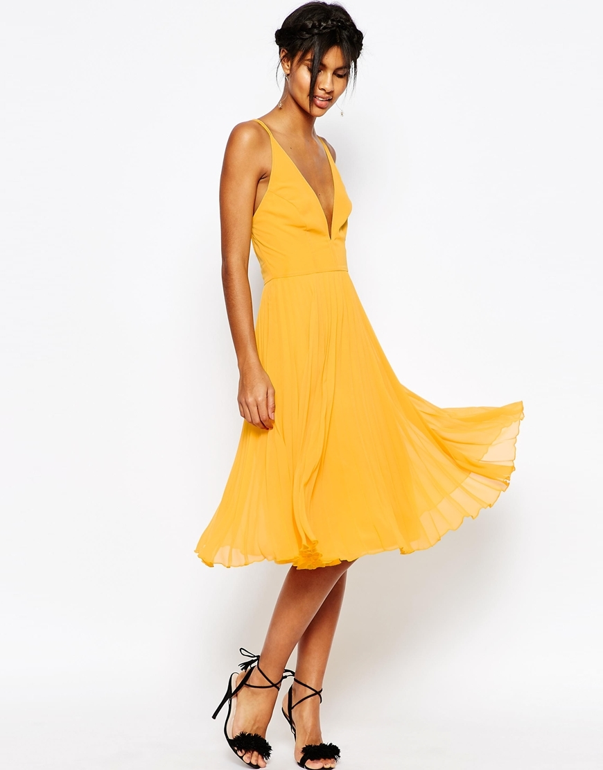 Deep Plunge Pleated Cami Mini Dress Mint - length: below the knee; neckline: low v-neck; sleeve style: spaghetti straps; pattern: plain; style: vest; predominant colour: yellow; occasions: evening, occasion; fit: body skimming; fibres: polyester/polyamide - 100%; sleeve length: sleeveless; texture group: sheer fabrics/chiffon/organza etc.; pattern type: fabric; season: s/s 2016; wardrobe: event
